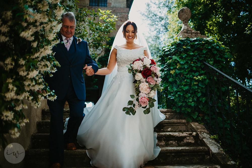 Romantic blessing at Borgo Stomennano the ceremony