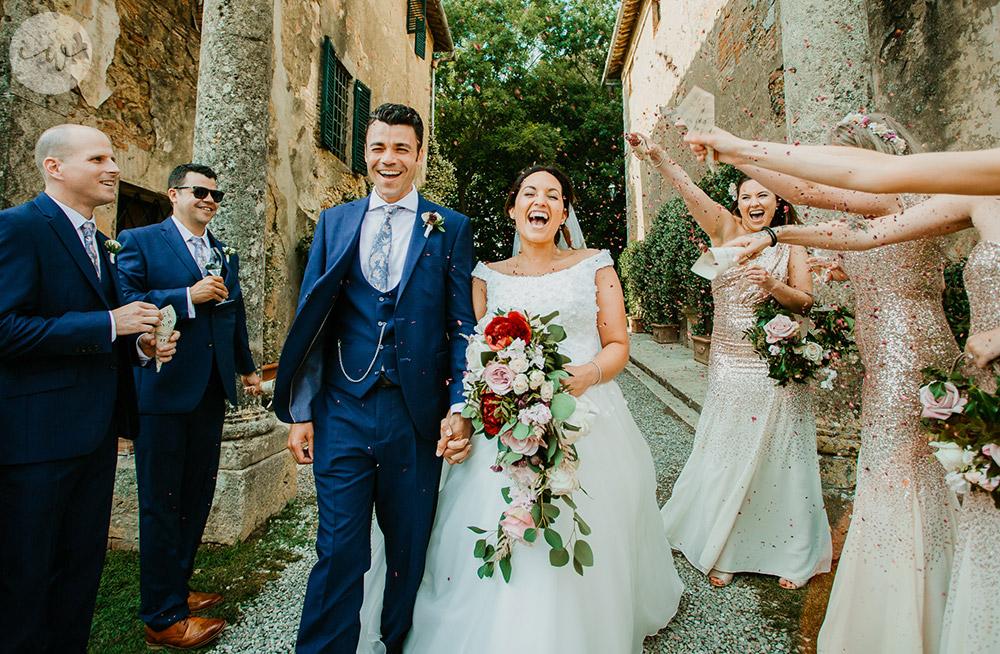 Romantic blessing at Borgo Stomennano ceremony