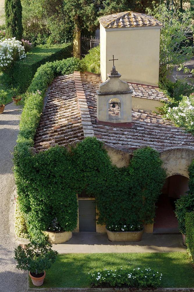 La Massa Florence luxury villa chapel