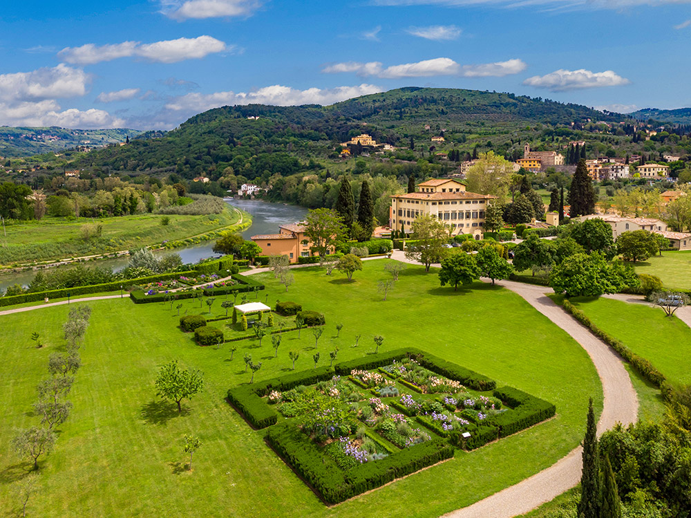 La Massa Florence luxury villa gardens