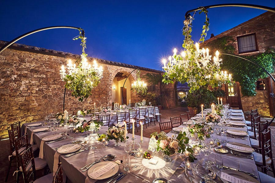 Small villa in Val D'Orcia Tuscany for wedding meal