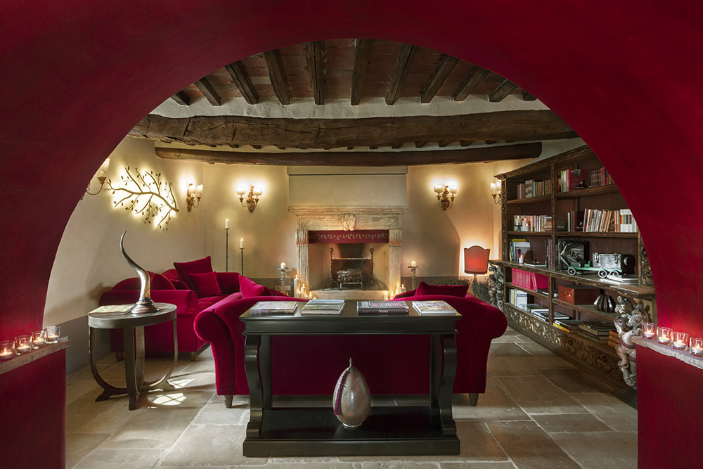 Small villa in Val D'Orcia Tuscany for wedding lounge