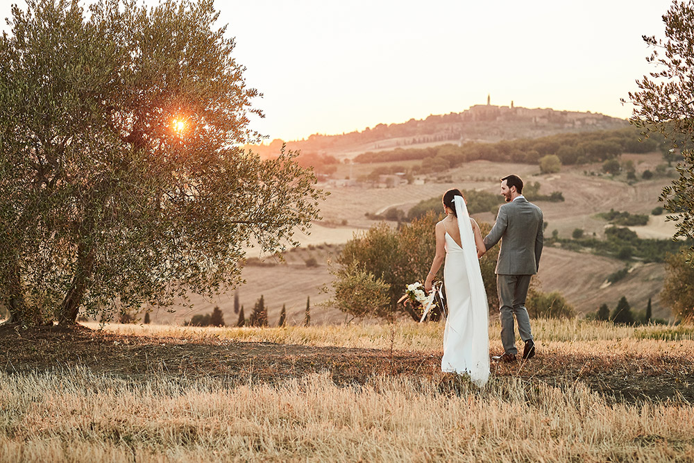 Small villa in Val D'Orcia Tuscany for wedding views