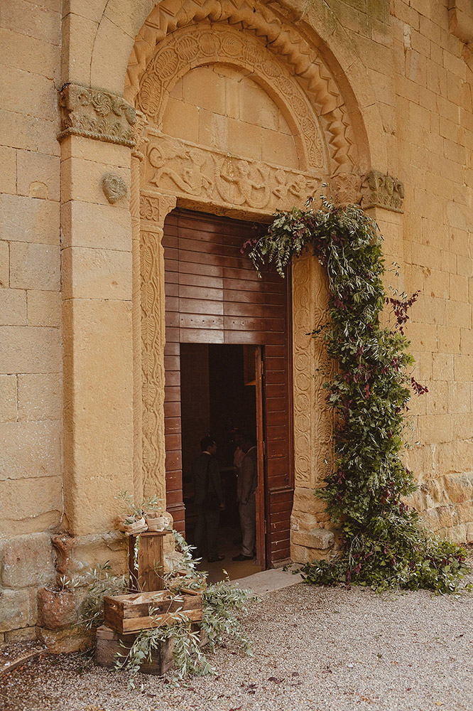 Tuscany romantic small wedding villa church