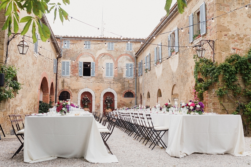 Tuscany romantic small wedding villa courtyard