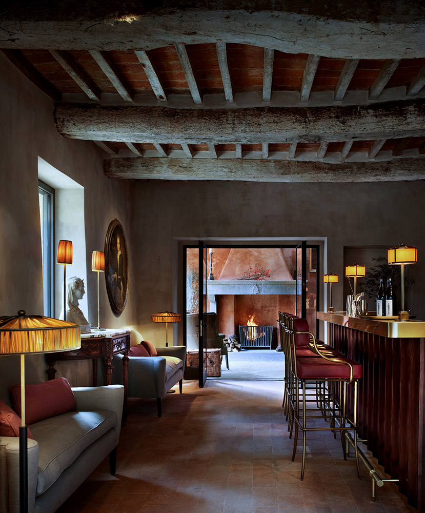 Castle in Umbria hotel and wedding retreat bar