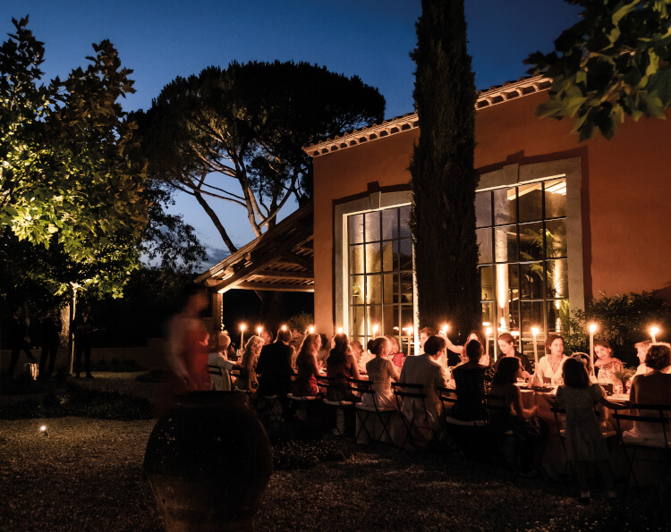 Castle in Umbria hotel and wedding retreat meal