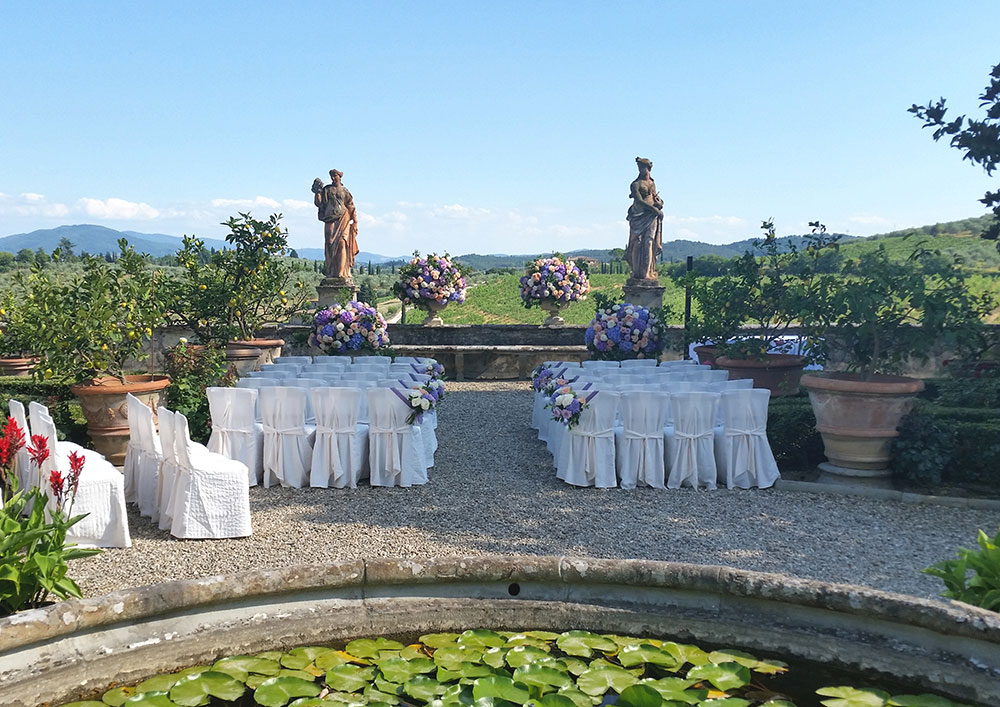 Villa Corsini mezzomonte luxury Tuscan wedding venue blessing