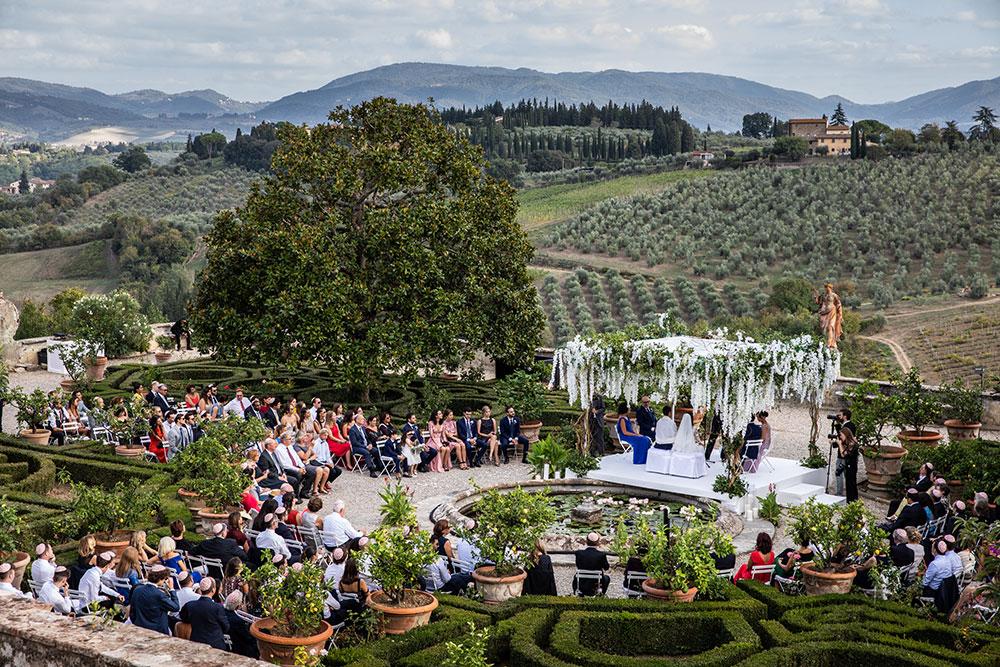 Villa Corsini mezzomonte luxury Tuscan wedding venue ceremony