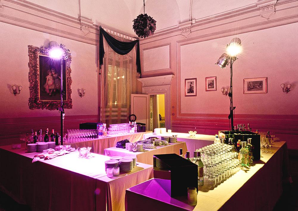 Villa Corsini mezzomonte luxury Tuscan wedding Bar