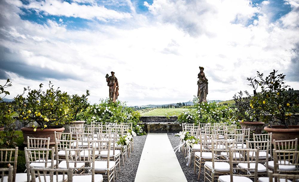 Villa Corsini mezzomonte luxury Tuscan wedding blessing