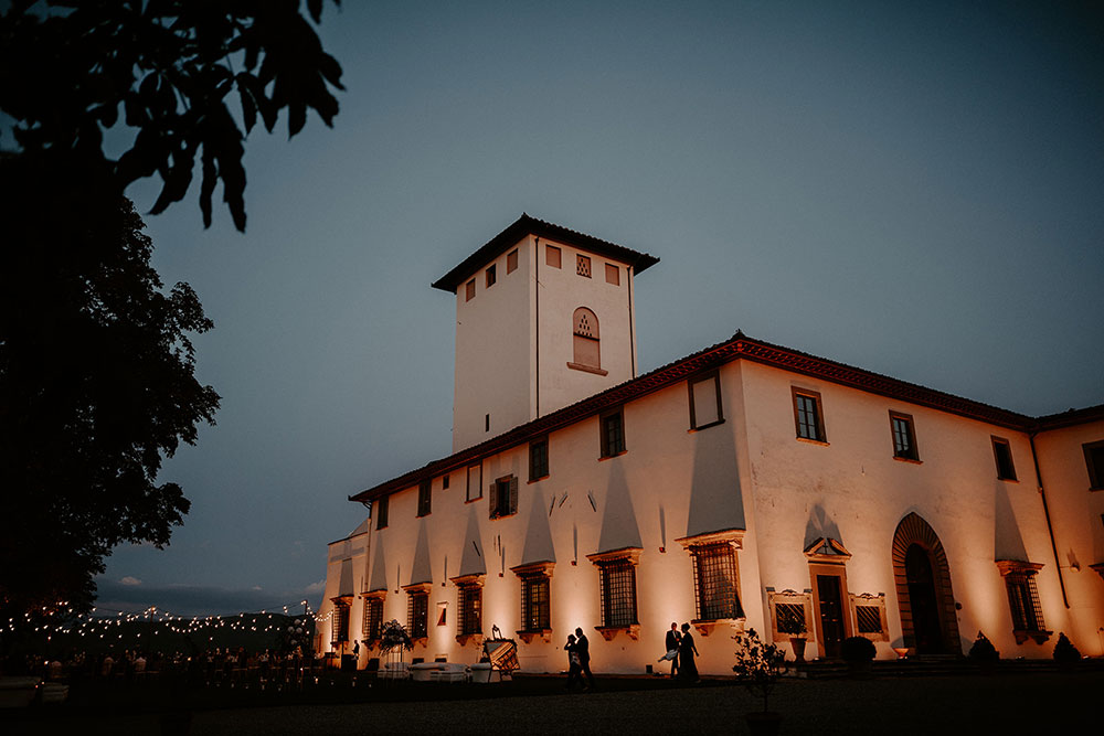 Villa Corsini mezzomonte luxury Tuscan wedding lighting