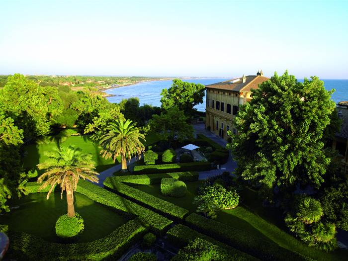 Coastal villa near Rome wedding venue panorama