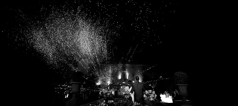 Italy Umbria small luxury hotel wedding venue fireworks