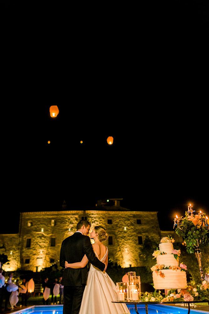 Italy Umbria small luxury hotel wedding venue cake