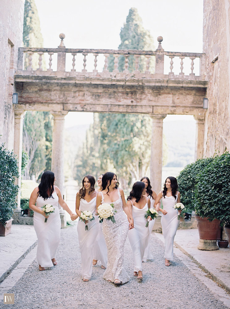 Villa Stomennano wedding formal countryside event in Tuscany bridal party