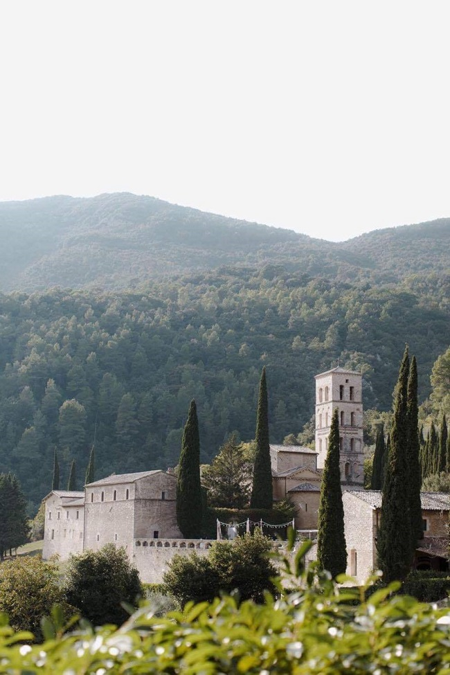 Abbey in southern Umbria wedding venue view
