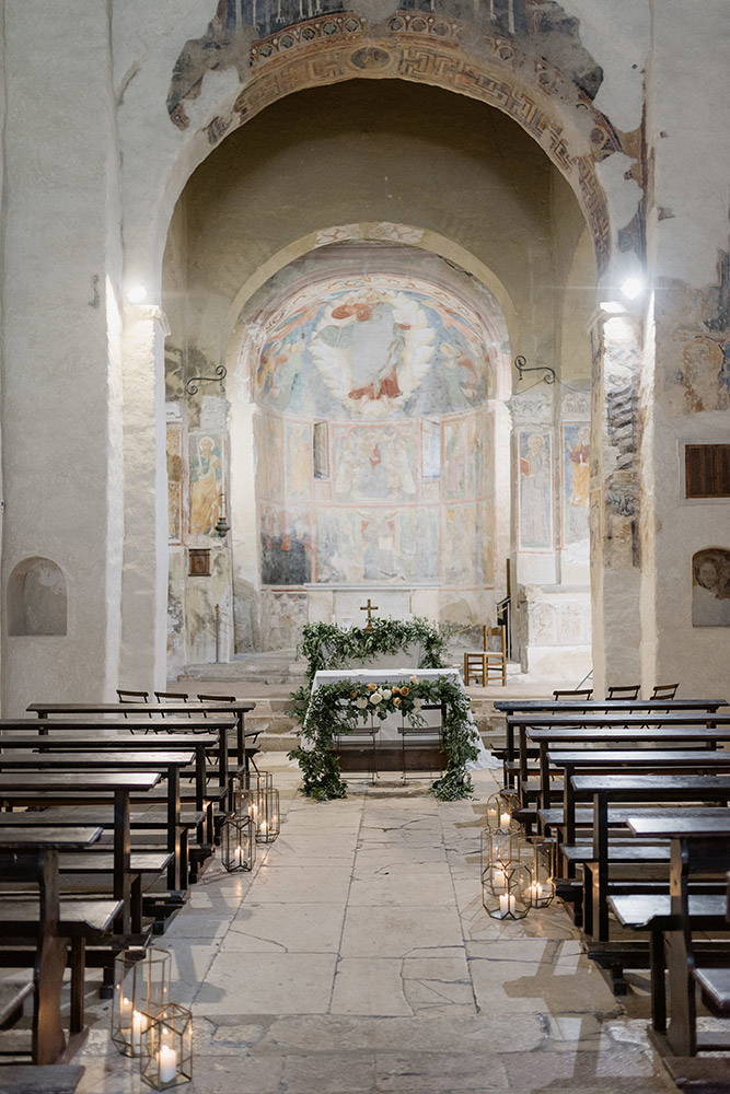 Abbey in southern Umbria wedding venue chapel